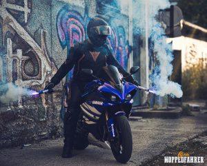 Echte Moppedfahrer - Yamaha R1 blau